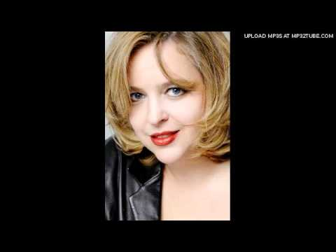 Karina Gauvin sings Baïlèro (Chants d'Auvergne)