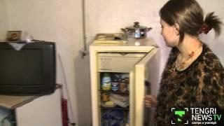 Добровольцы помогли матери-одиночке одеждой и продуктами