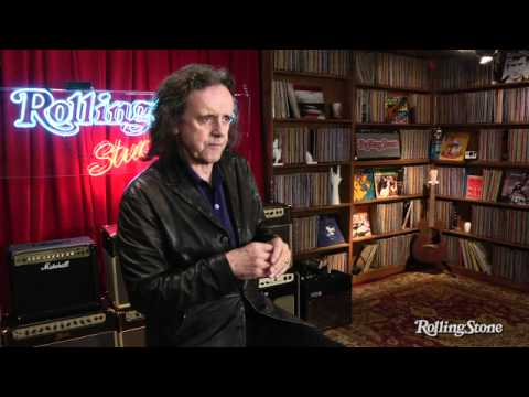 Donovan On teaching guitar technique to Beatles