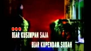 Broery Marantika feat Dewi Yull   Rindu Yang Terlarang