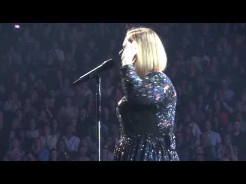 Adele - Skyfall (Live)
