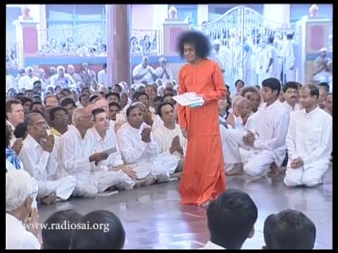 Thursday Divine Darshan of Sathya Sai Baba - Part 118