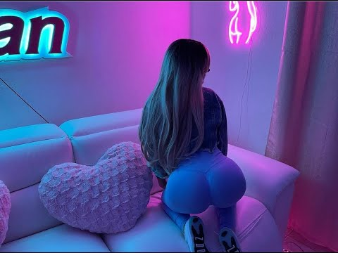 Guaynaa : ReBoTa (Official Letra) '' Nalga y Tetita''