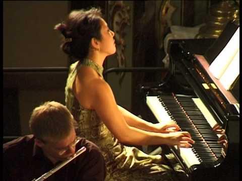 Fumiko Shiraga - Mozart Klavierkonzert Nr. 25 in C-Dur