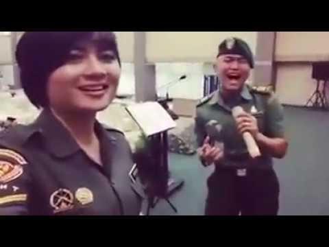 Wow !!! Suara paling merdu dari bapak dan ibu TNI