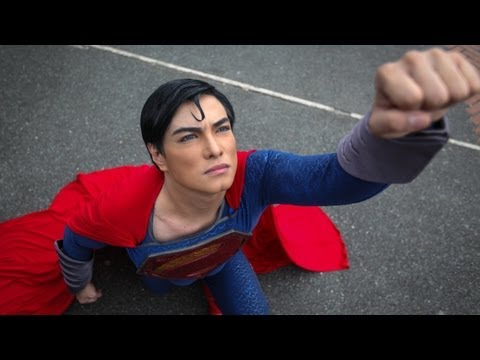 Superman Fan Has Plastic Surgery To Look Like Superman