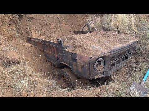 Откопали машину 70х
