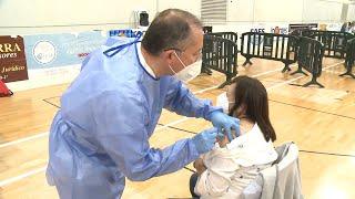 Mayores de 70 de Murcia aún sin vacunar reciben la vacuna sin cita