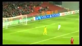 FAIR PLAY FAIL!!! Terrible sportsmanship!!! Luiz Adriano 20 11 2012