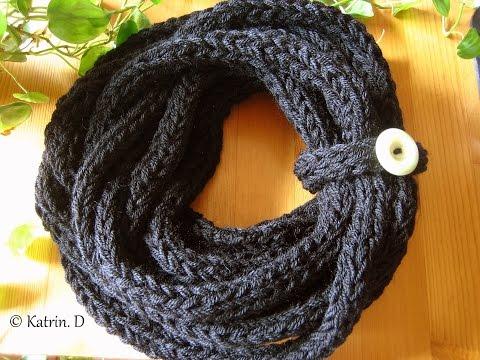 finger knitted scarf schal stricken mit den fingern youtube. Black Bedroom Furniture Sets. Home Design Ideas