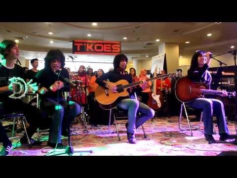 """T-koes Band """" Mak Engket """""""