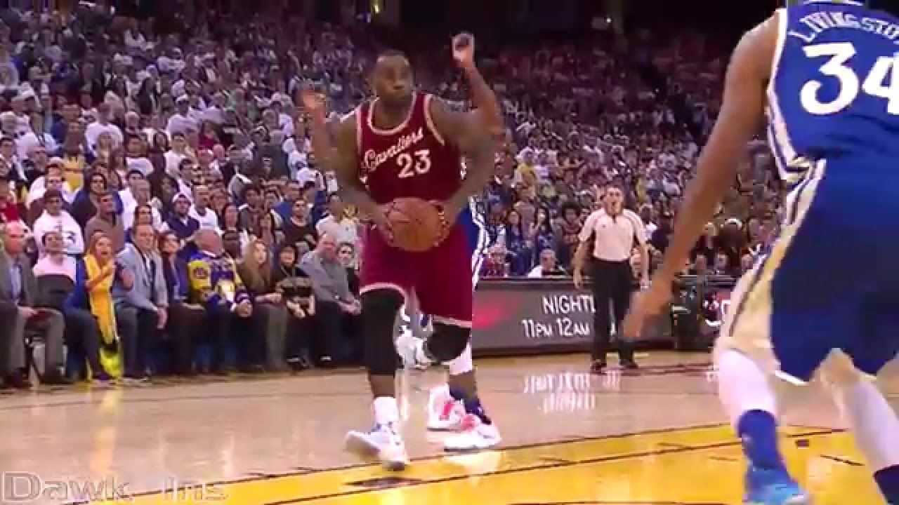 8412885a767a LeBron James vs Stephen Curry 44 points (Christmas Day) (Full Highlights) MVPs  Duel!