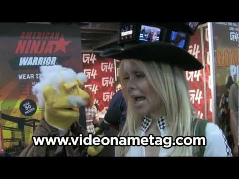 Comic-Con Coolness - Video Nametags, Cosplayers, Drag Queen - PP-23