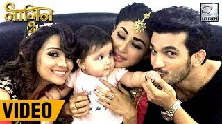 Karanvir Bohra's Baby PLAYS With Mouni, Arjun & Adaa On Naagin 2 Sets | Full Video