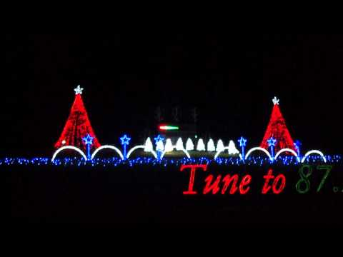 """Fond Du Lac Wisconsin Christmas Lights Show 2011 to TSO """"Wizards of Winter"""" Final Song"""