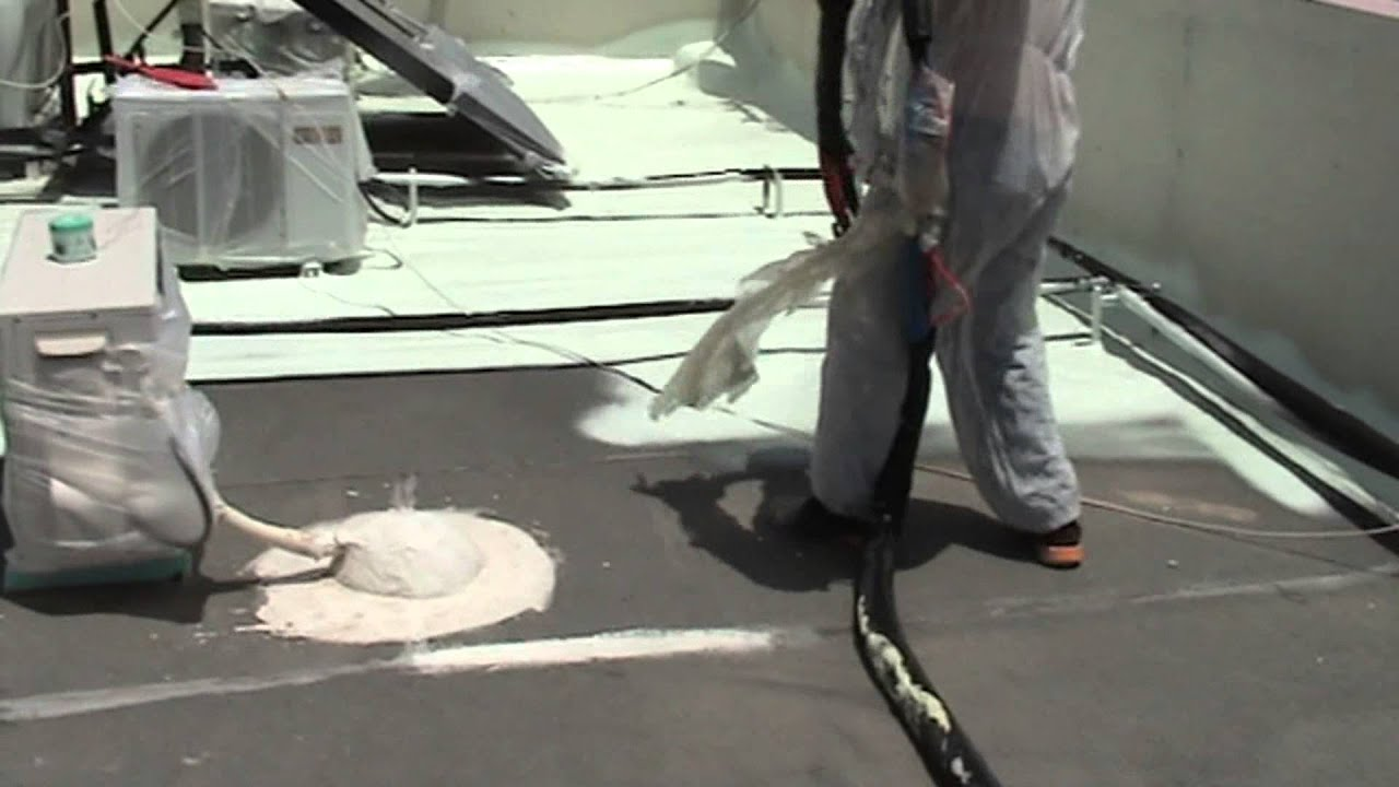 Polyurethane Foam Spraying On Flat Roof Youtube