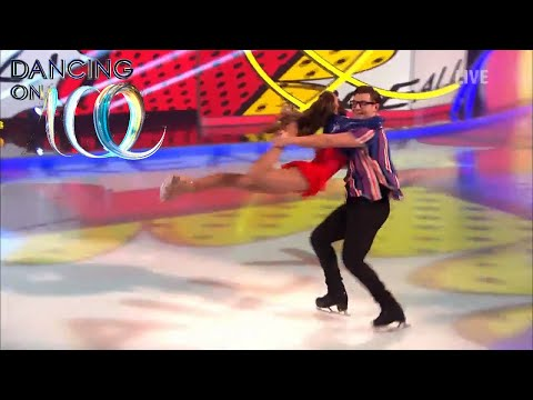 Corrie's Brooke Vincent Gets All Caught Up on the Ice! | Dancing On Ice 2018