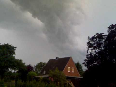 Tornado Bildet Sich In Grossheide 4 Youtube