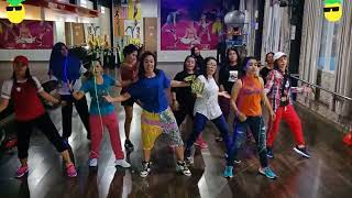 Yank Haus By 2Tik Tok Zumba Dangdut At BFS Studio Sangatta Kalimantan Timur MP3