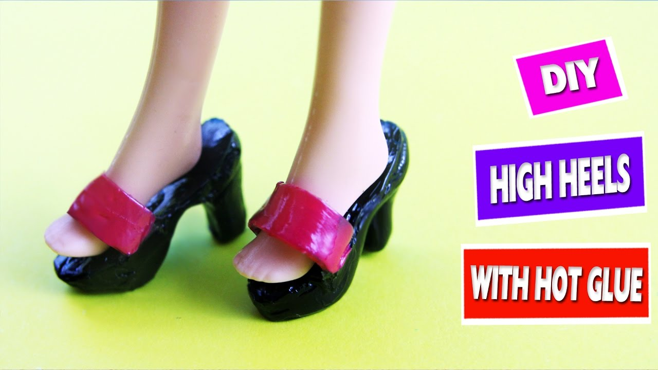 c5b57aeb0b30b2 How to Make Barbie Shoes - DIY Tutorial - simplekidscrafts - YouTube