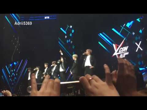Saludo a Fans + Hablando en Español//Greeting Fans + Speaking in Spanish BTS KCON México 2017