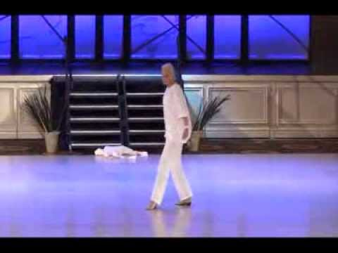 SIOBHAN DUNN UCWDC SUPERSTAR FEMALE WORLD CHAMPION 2014 SOLO MEDLEY LINE DANCE