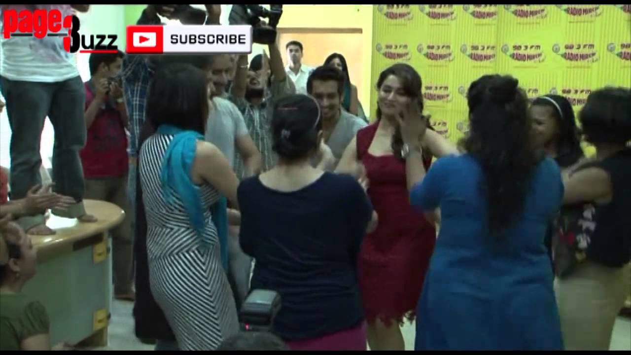 special for all: Madhuri Dixit Wardrobe Malfunction at radio mirchi red hot hq photos stills