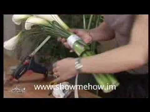 bride-lily-bouquet-step-by-step-from-show-me-how-wedding-flowers-dvd-book