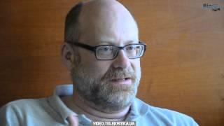 Режиссер-документалист Йоханнес Хольцхаузен о своем фильме