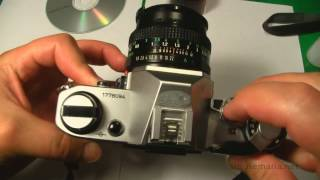 How to load 35mm film ø Canon AE-1