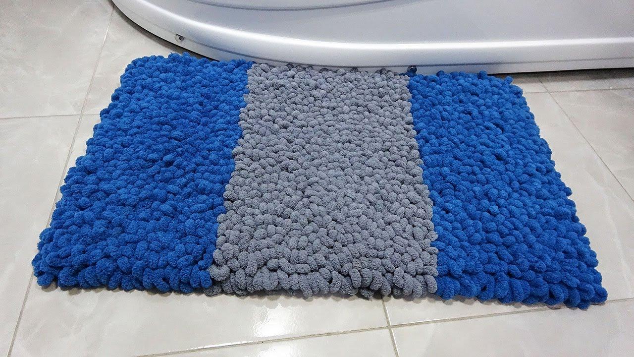 Без крючка и спиц, из сетки и пряжи получился потрясающий коврик для дома