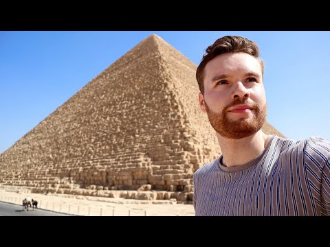 Alone at the PYRAMIDS OF GIZA, Egypt الاهرام 🇪🇬