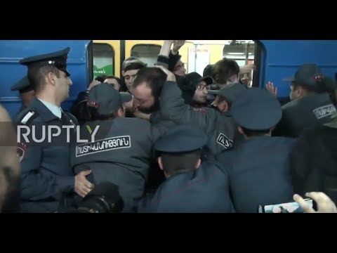 Armenia: Opposition supporters blockade Yerevan streets and metro stations