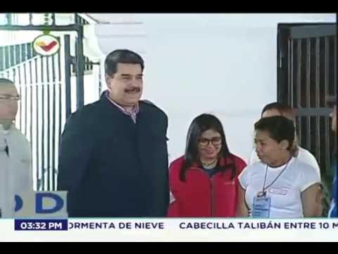Presidente Maduro ejerce su voto y declara en elecciones de concejales 2018