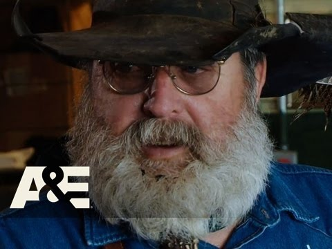 American Hoggers: Ronnie And Jerry Face Off | A&E