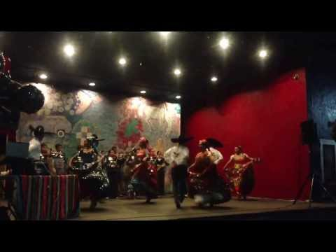 Best Mariachi Folk Music Mexican night at Los Angeles