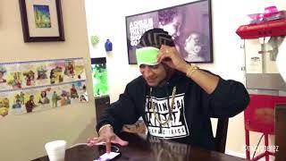 mozart la para improvisando tocando objetos con los ojos vendados video completo