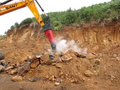 Escavadeira SANY com rompedor Chicago RX22