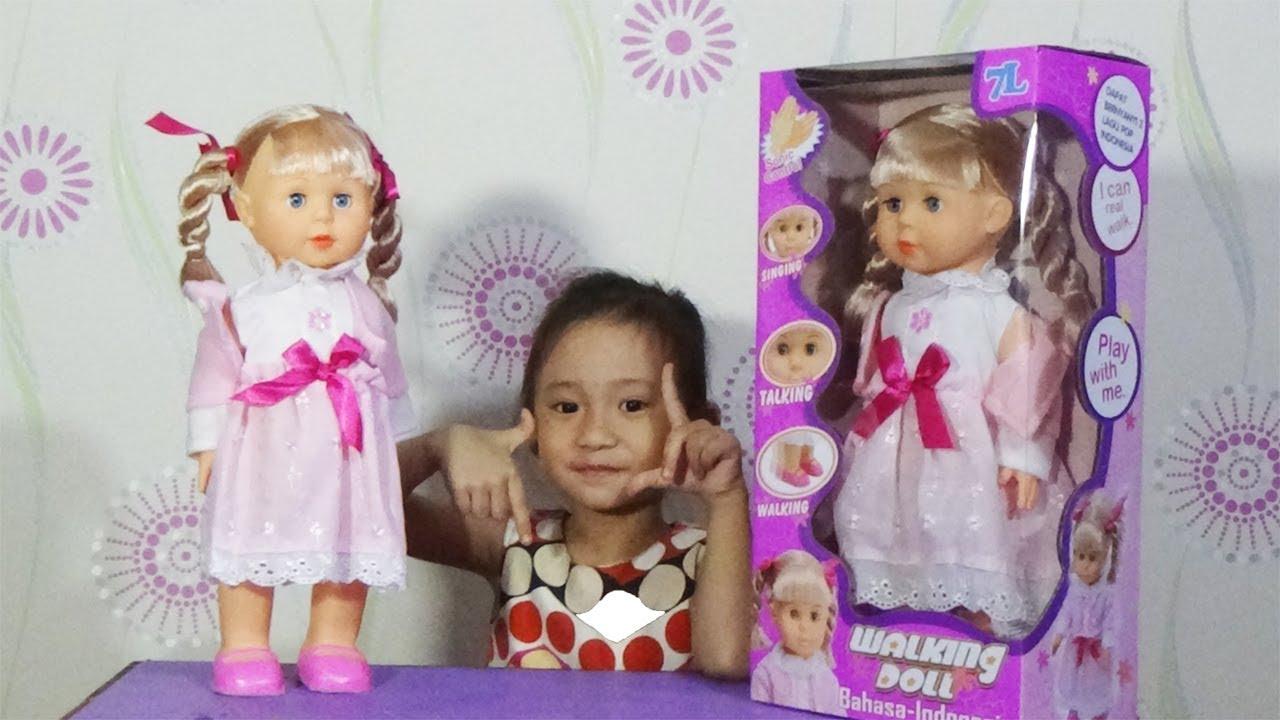 Mainan anak boneka bisa bicara bernyanyi dan berjalan-7L WALKIING DOLL 7097bff637