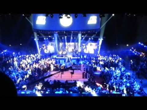 Medina-Happening beim Boxkampf Felix Sturm vs Daniel Geale 01.09.2012