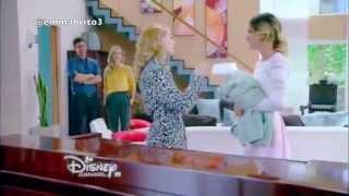 Violetta 3 - Violetta y Ludmila discuten por el shampoo (03x72)
