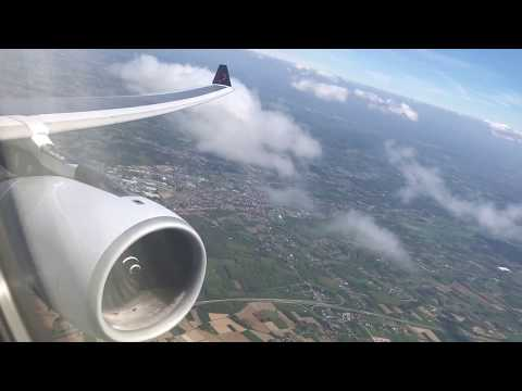 Sunny A330 departure from Brussels Zaventem (Awesome wing flex + engine spool up)