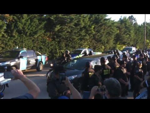 AD10S Diego, i funerali di Maradona: turbine di lacrime e folla