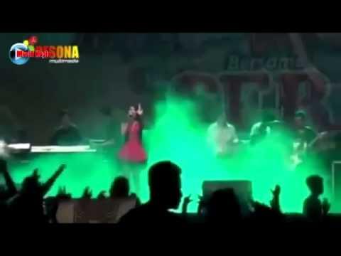 via-vallen-gue-mah-gitu-orangnya-om-sera-terbaru-2015-live-wonogiri