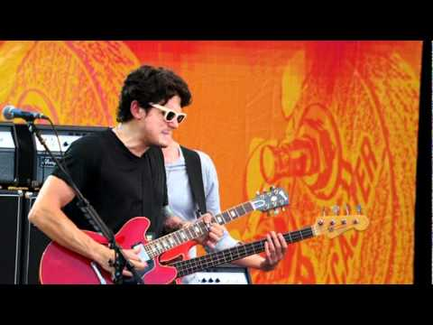 Aint No Sunshine  John Mayer Trio   From Crossroads Guitar Festival 2010