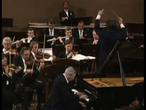 Antonín Dvořák -  Piano Concerto in G minor, Op 33, performe