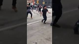 Video de una pelea callejera en #Cornella de LLobregat #Barcelona