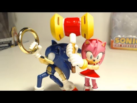 Figure Reviews Amy With Hammer And Sonic With Rings Jazwares Youtube