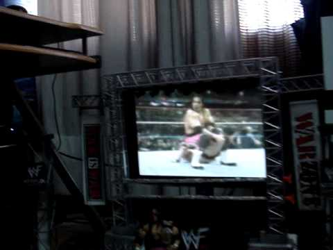 Wwf Raw Is War Custom Arena With Amazing Titantron Playing Bret Hart Entrance Theme Youtube