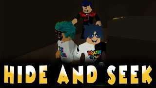 NOI GIOCA HIDE-AND-SEEK AT SCHOOL / ROBLOX TURKISH / GIOCO PRATICO